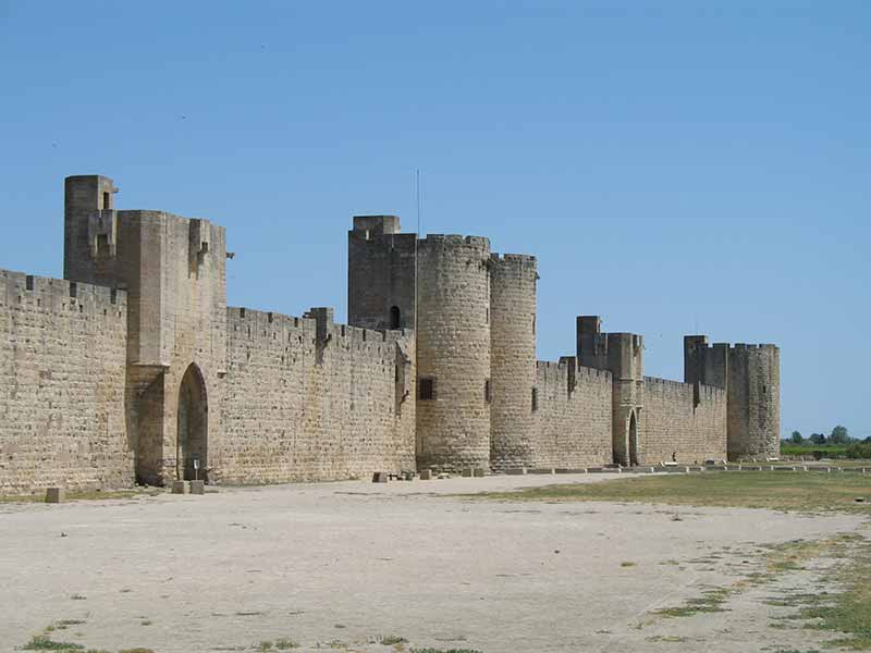 location villa à aigues mortes